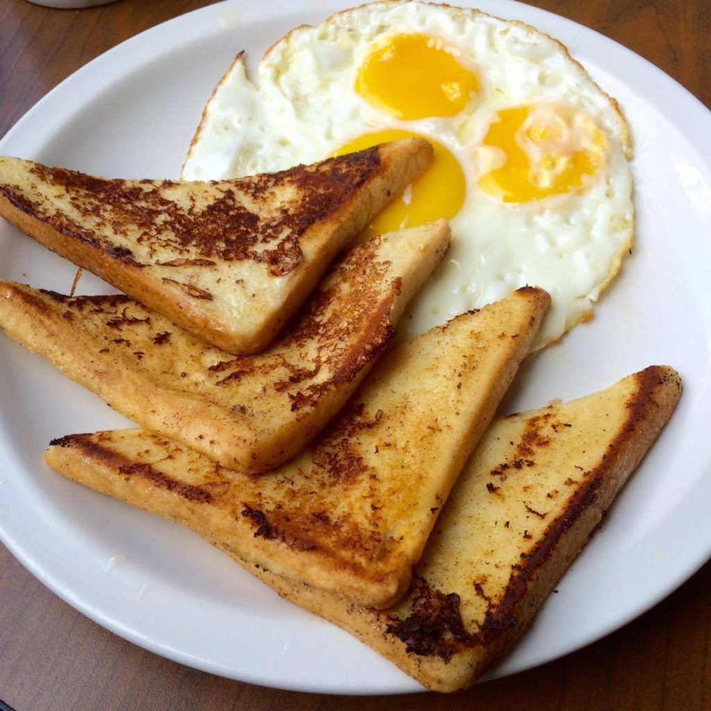 french-toast-and-eggs