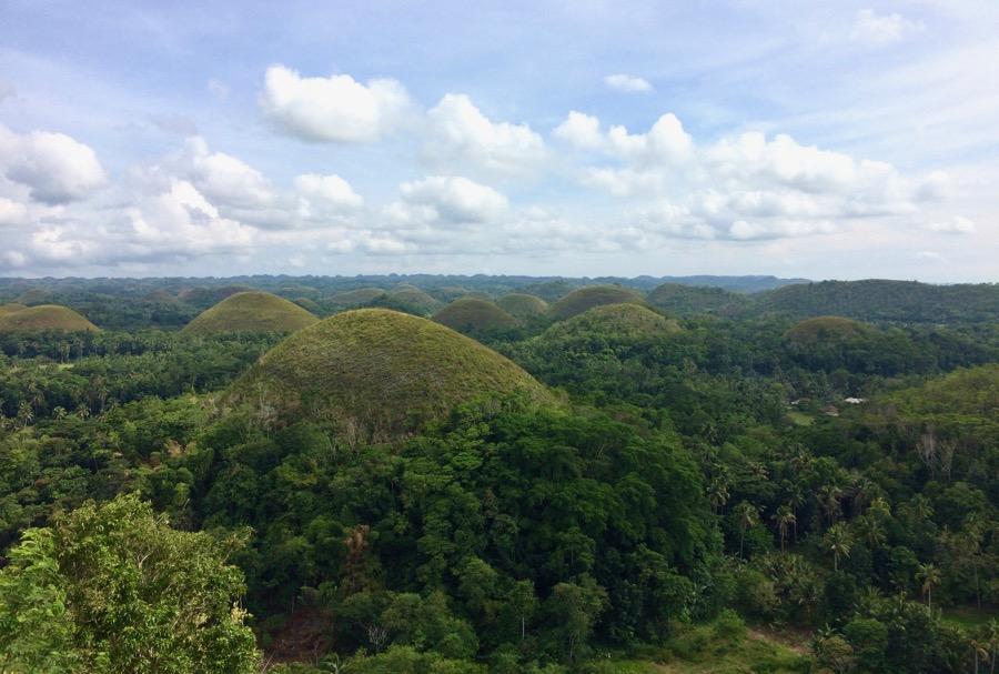 carmen-bohol-chocolate-hills
