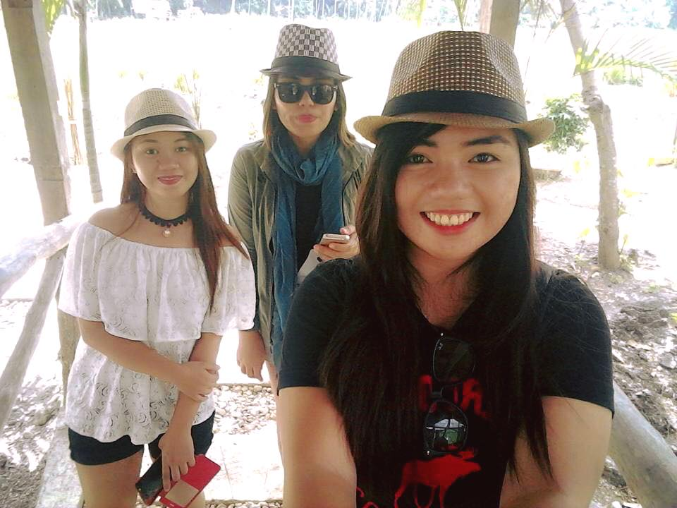 tourists-in-bohol
