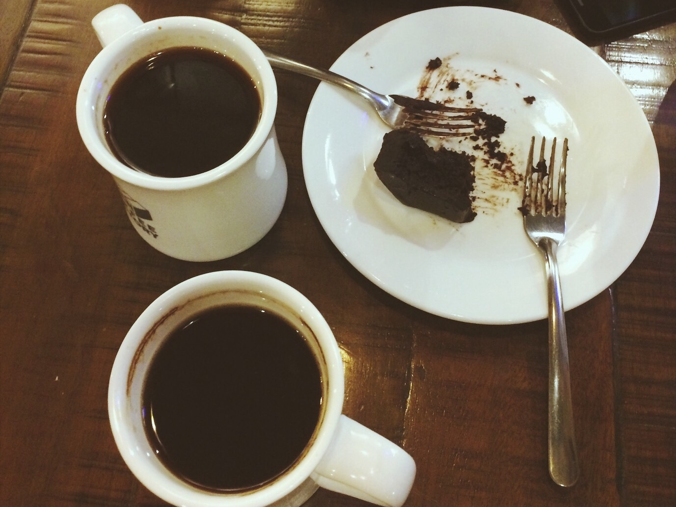 Americano coffee with chocolate cake