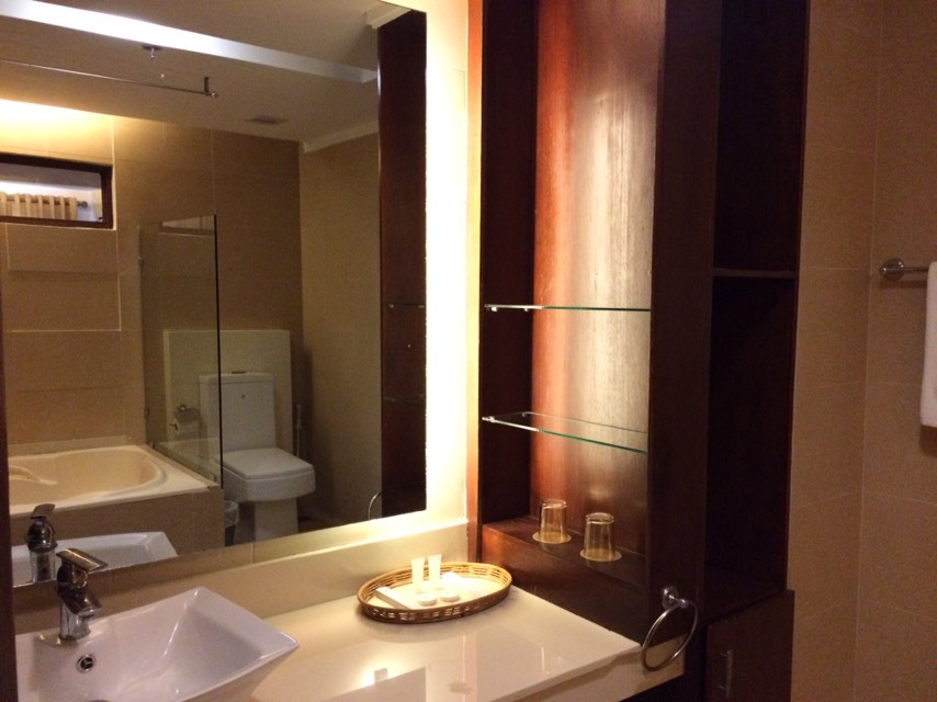 Bathroom at Coron Gateway Hotel and Suites
