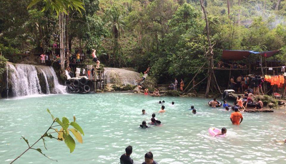 Cambugahay Falls Vine Swinging