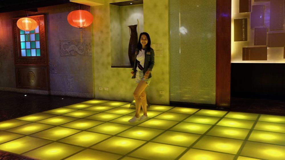 Twinks in Cebu Waterfront Hotel